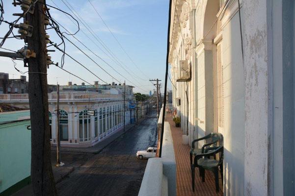 Cienfuegos - der Balkon von unserer Unterkunft