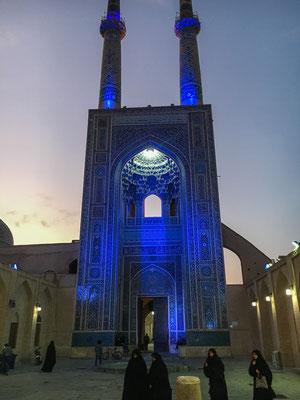 Jame Moschee am Abend