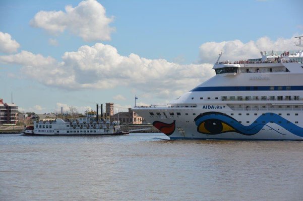 Aida und Steamboat in New Orleans