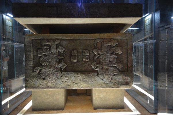 Palenque - replica of the grave