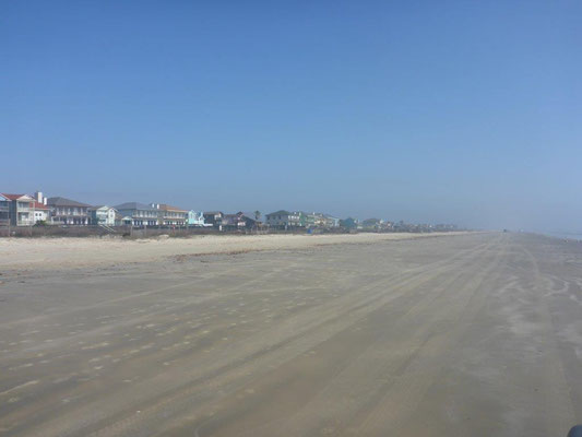 Endloser Strand bei Galveston in Texas