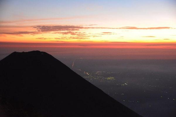 Sonnenuntergang am Cerro verde