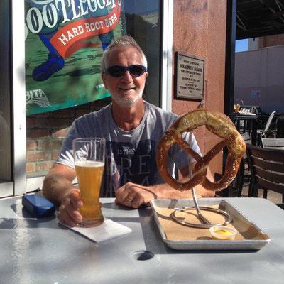 Pensacola - Wheat beer and Bavarian Brezn