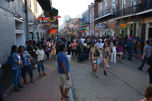 New Orleans Bourbon Street, the party mile