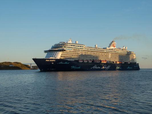 Halifax, Waterfront, TUI Kreuzfahrtschiff