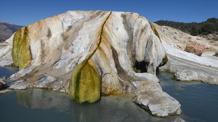 Travertine Hotsprings