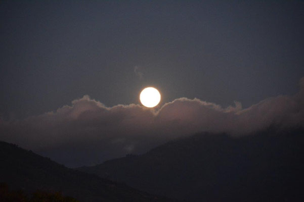 Vollmond in Juayua