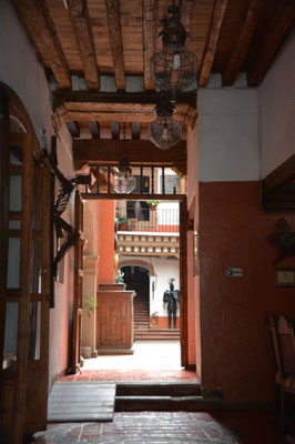 Patzcuaro - former monastery with 11 patios