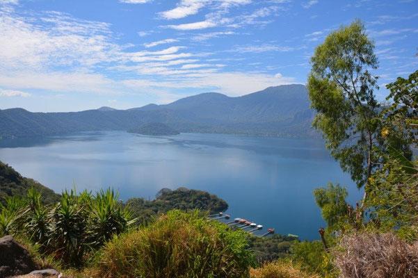 Blick auf den Lago Coatepeque