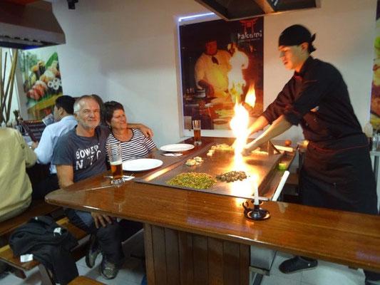 Essen beim Japaner am heißen Tisch für 5€/Person
