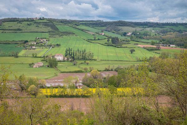 Vue depuis le village de Cordes sur Ciel