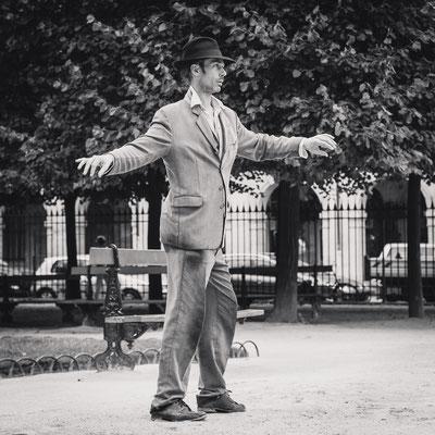 Le danseur de la place des Vosges à Paris