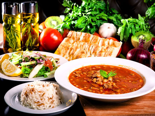 Bohneneintopf & Reis als Beilage