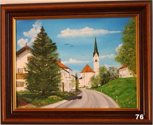 Nr.76 Schwindkirchen östl. Ansicht mit Maibaum. Format 30x40cm