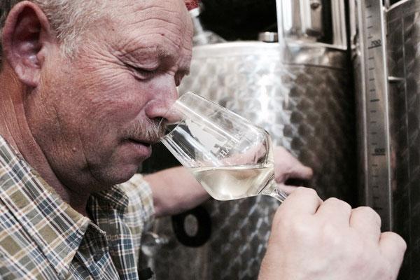 Klaus Schäfer • Kellermeister • Wein • Weinkeller