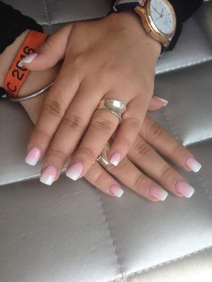 Pose Faux Ongles Gel Résine Toulouse Onglo Soleil