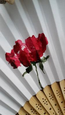 Fächer mit handgemalter Rose