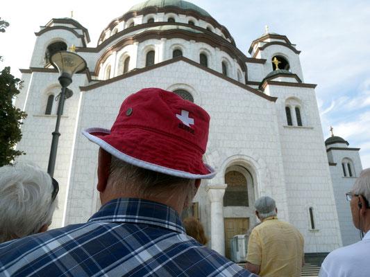 144 - Manifestiert durch den Wiederaufbau eine mächtigen orthodoxen Kirche