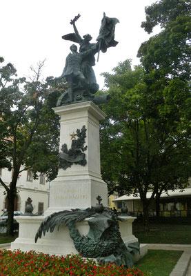 393 - Zu Ehren der Freiheitskämpfer