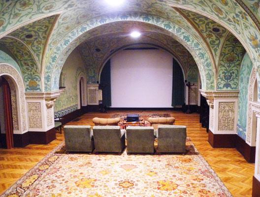 134 - Der erste Kinosaal für den König