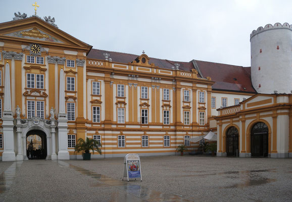 Bild 467 - Klosterhof