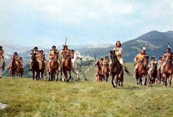 R 15 - Winnetou II - Eine Szene - Winnetou, Old Shatterhand und die anderen Indianerhäuptlnge reiten zur Friedenskonferenz nach Niobrara