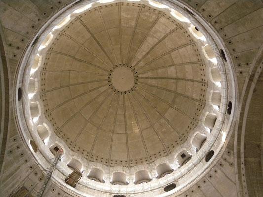 146 - Ein Bauwerk, an dem noch jahrzehnte gebaut wird