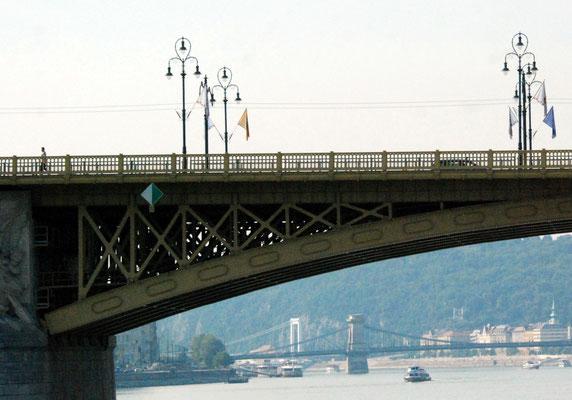 091 - Menschen und Brücken