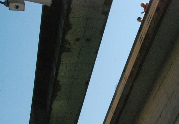 037 - Von oben herab