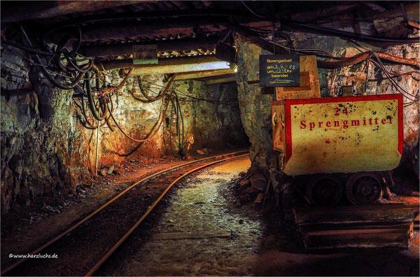 letzte Sprengung 1988 ... Der Röhrigschacht in Wettelrode, ein ehemaliges Kupferschiefer-Bergwerk das heute ein Bergbaumuseum und Schaubergwerk ist.