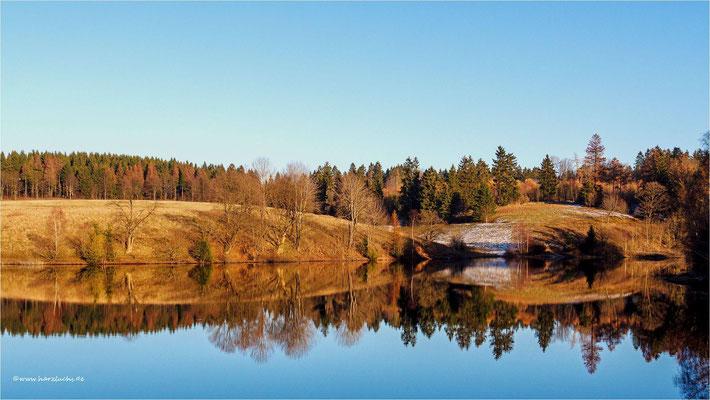 mal wieder was mit Spiegelung ... am unteren Eschenbacher Teich