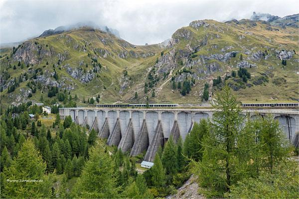 die Staumauer vom Lago di Fedaia