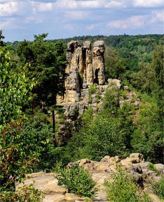 der Fünffingerfelsen .... in den Klusbergen bei Halberstadt