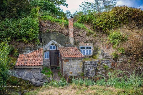 Höhlenwohnung ... in Langenstein, am Weg zur Altenburg