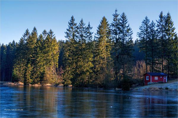 erinnert mich irgendwie an Norwegen ... dabei ist das am Ziegenberger Teich bei Buntenbock