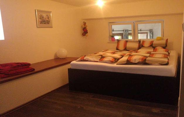 Schlafzimmer der Ferienwohnung im Obergeschoss
