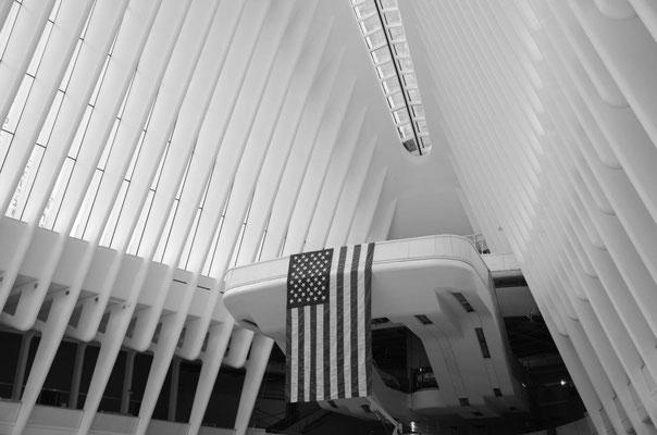 One of the most impressive architectural subway station – World Trade Center, designed by Spanish architect Santiago Calatrava. photo: Nicole Ponesch ©