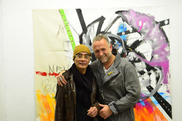 With artist Joel Soliven. photo: Nicole Ponesch ©