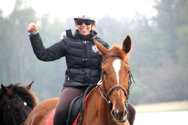 Laetitia Nageleisen, enseignante d'équitation et co-dirigeante du Domaine équestre des Grilles