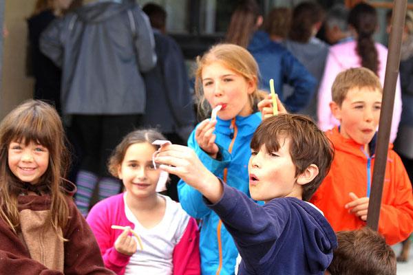 Stage poney, enfants et bonbons