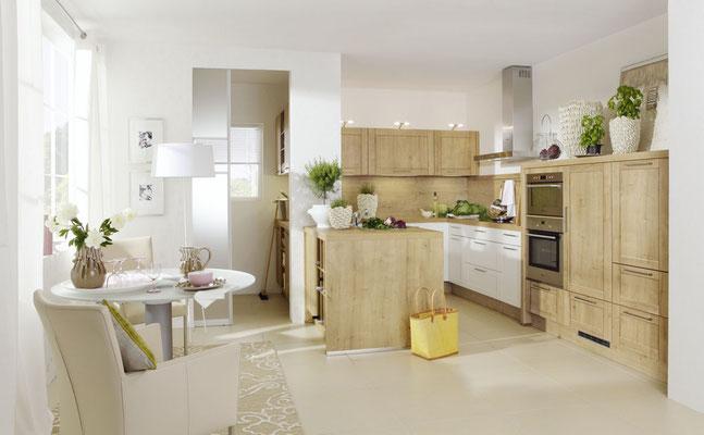 Küche mit Rahmenfronten