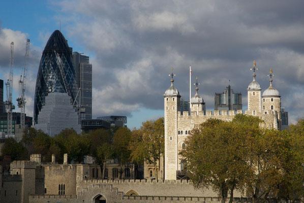 Gherkin und Tower
