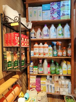 Waschmittel, Hygieneartikel, Haarfärbemittel