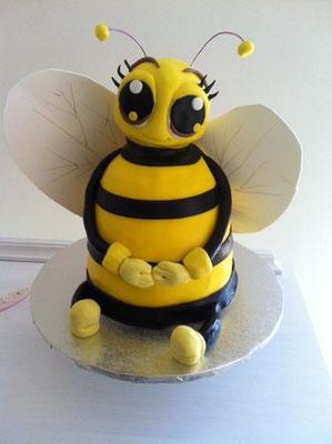 Tarta en forma de abeja de Dulce Dorotea