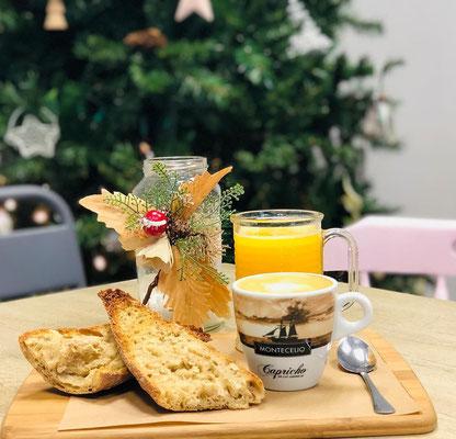 Almuerzo popular: tostada, zumo y café | Dulce Dorotea, tu cafetería en Quart de Poblet