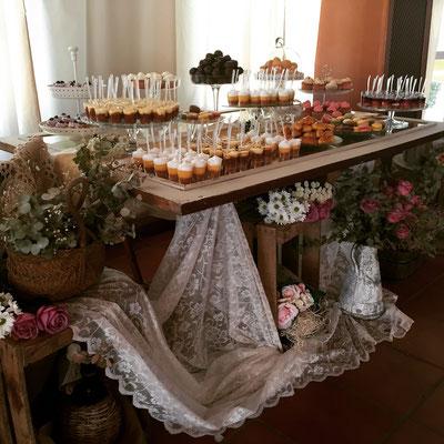 Mesa dulce para boda estilo rústico o campestre diseño de Dulce Dorotea