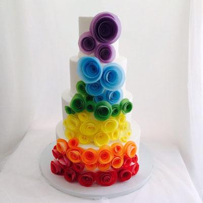 Tarta de boda arcoiris gay de Dulce Dorotea