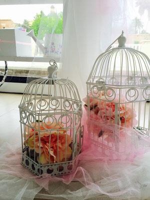 Decoración florar del candy buffet, de Dulce Dorotea