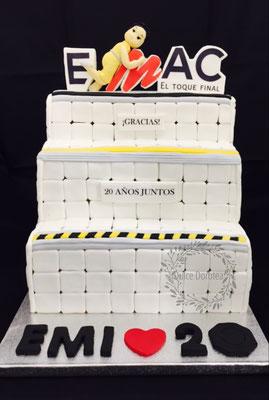 Tarta EMAC . tarta corporativa de Dulce Dorotea