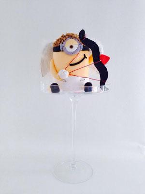 Tarta Minion San Valentín de Dulce Dorotea Valencia